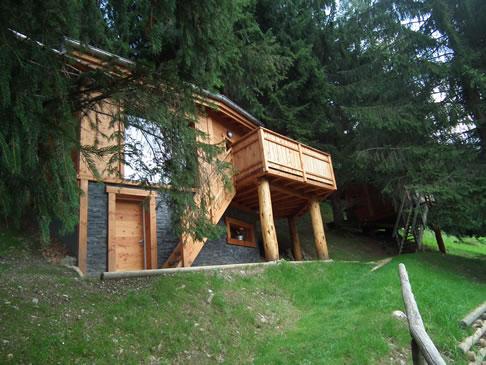 cabane et chalet dans les arbres saint jean d 39 aulps portes du soleil. Black Bedroom Furniture Sets. Home Design Ideas